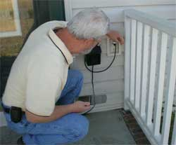 home inspector doing home inspection 1